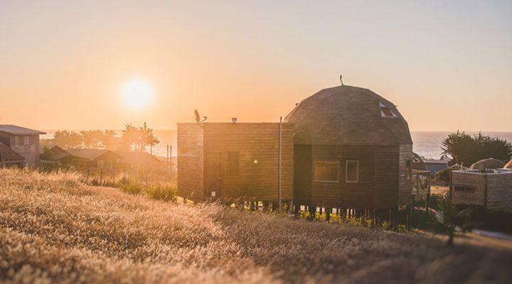 puesta de sol pichilemu domos
