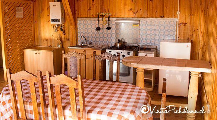cocina y comedor cabanas puertas del sol pichilemu