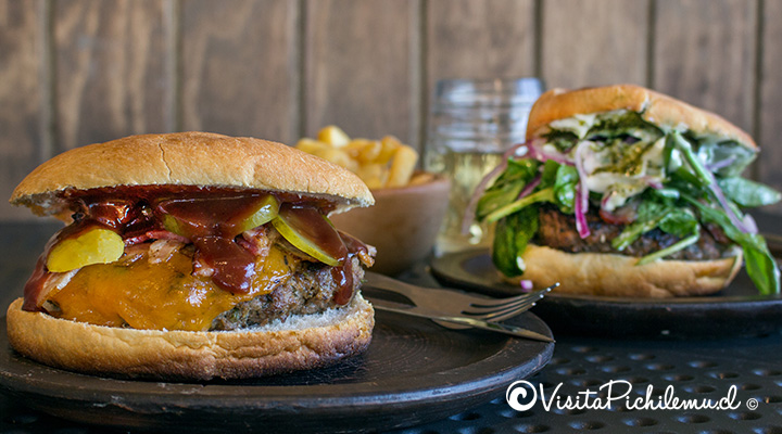 hamburguesa-la-gringa-sangucheria-la-contra-pichilemu-chile
