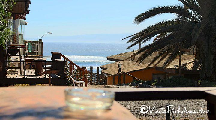 terraza con vista al mar cabanas waitara pichilemu