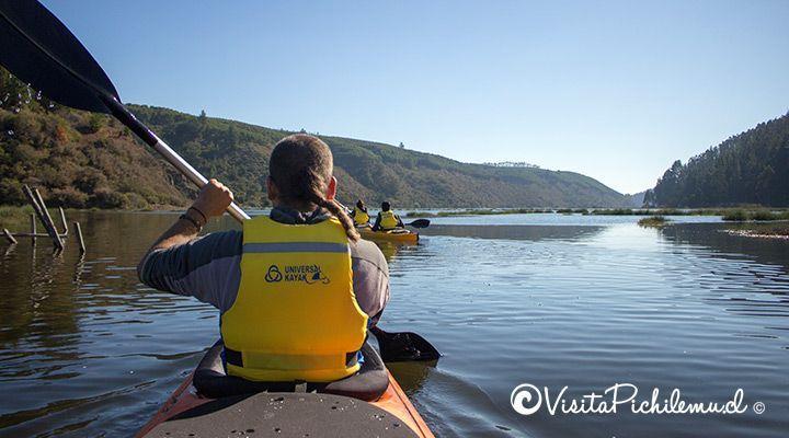 paseo grupal en kayak laguna de cahuil