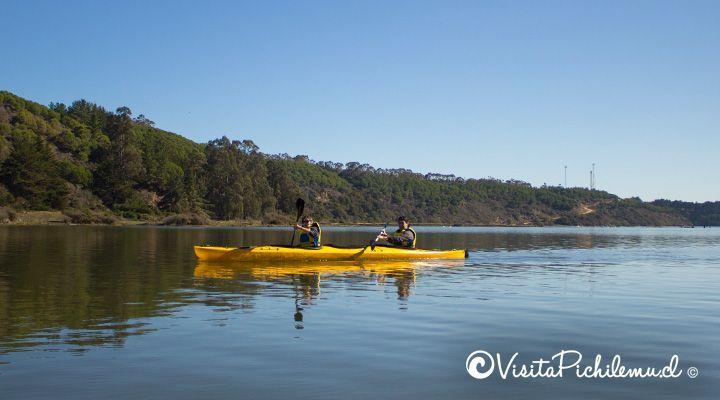 tour en kayak por la laguna de cahuil pichilemu
