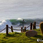 surf en punta de lobos, pichilemu, chile