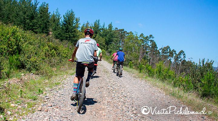 segunda-rise-route-em-bicicleta-se túnel-the-tree-pichilemu