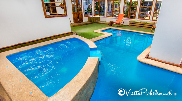 jacuzzi-and-pool-heated-villa-Rustika-pichilemu