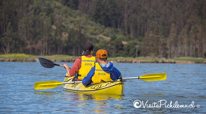 Cruzeiro-en-kayak lagoa-de-Cahuil-pichilemu
