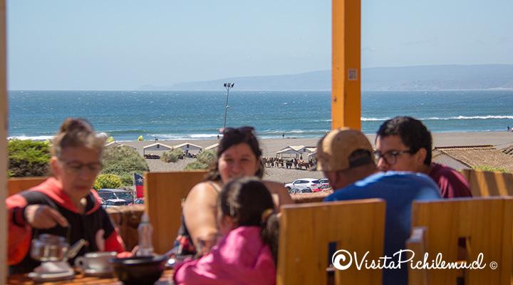 vista-al-mar-el-cardon-cafe-restobar-pichilemu